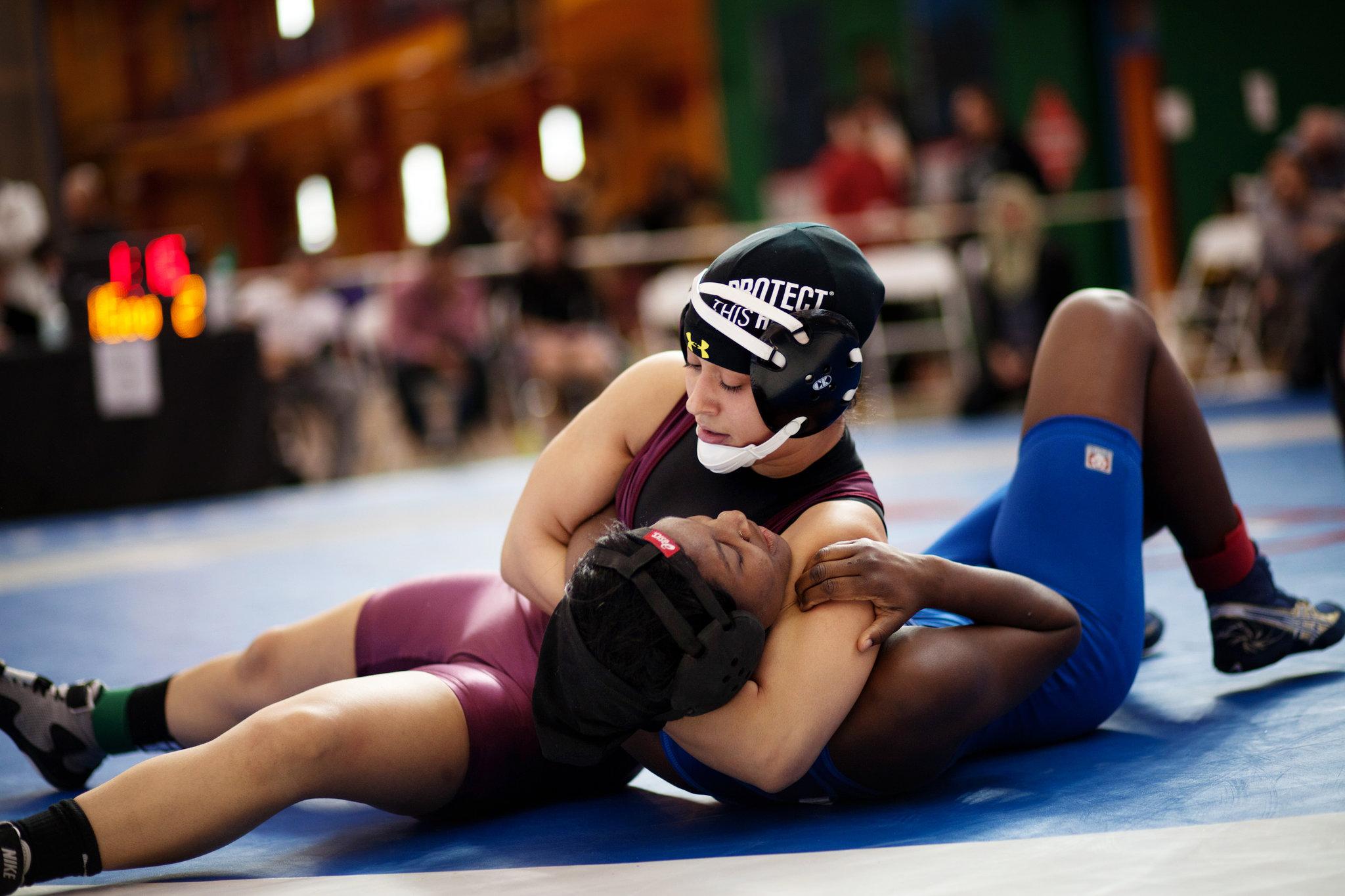 27cityroom-wrestling-superJumbo